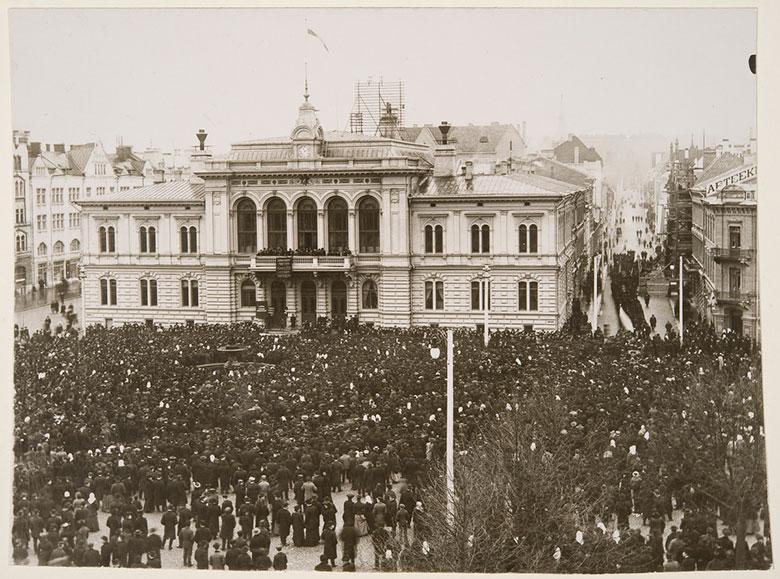 General strike in Tampere in 1905.